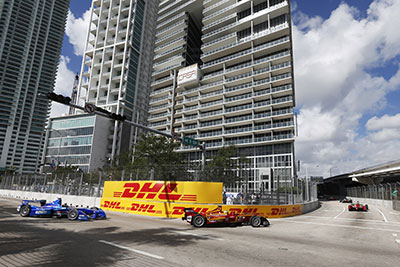 ePrix action on the streets of Miami