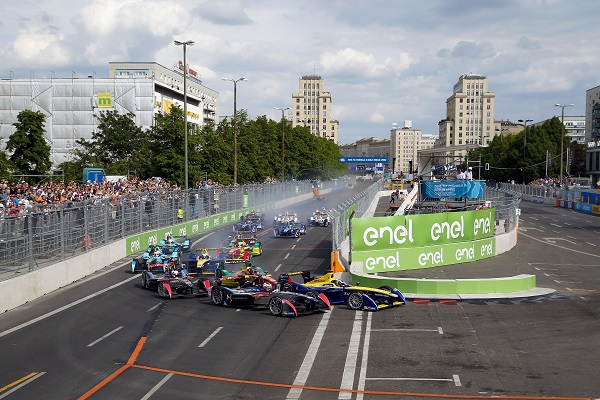Berlin e-Prix  Photo: Adam Warner / LAT / FE