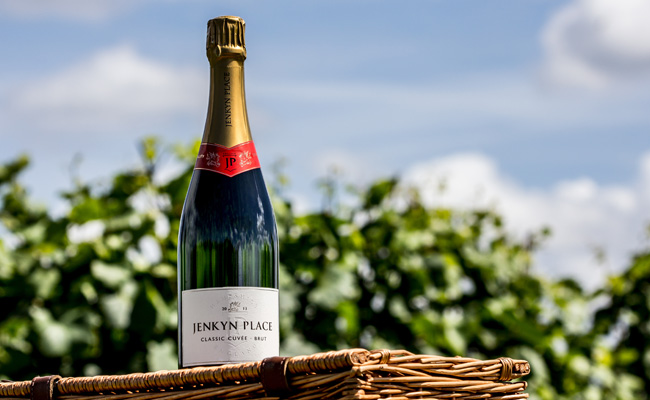 Jenkyn Place - two sparkling English wines, a Brut Cuvée and a sparkling Rosé