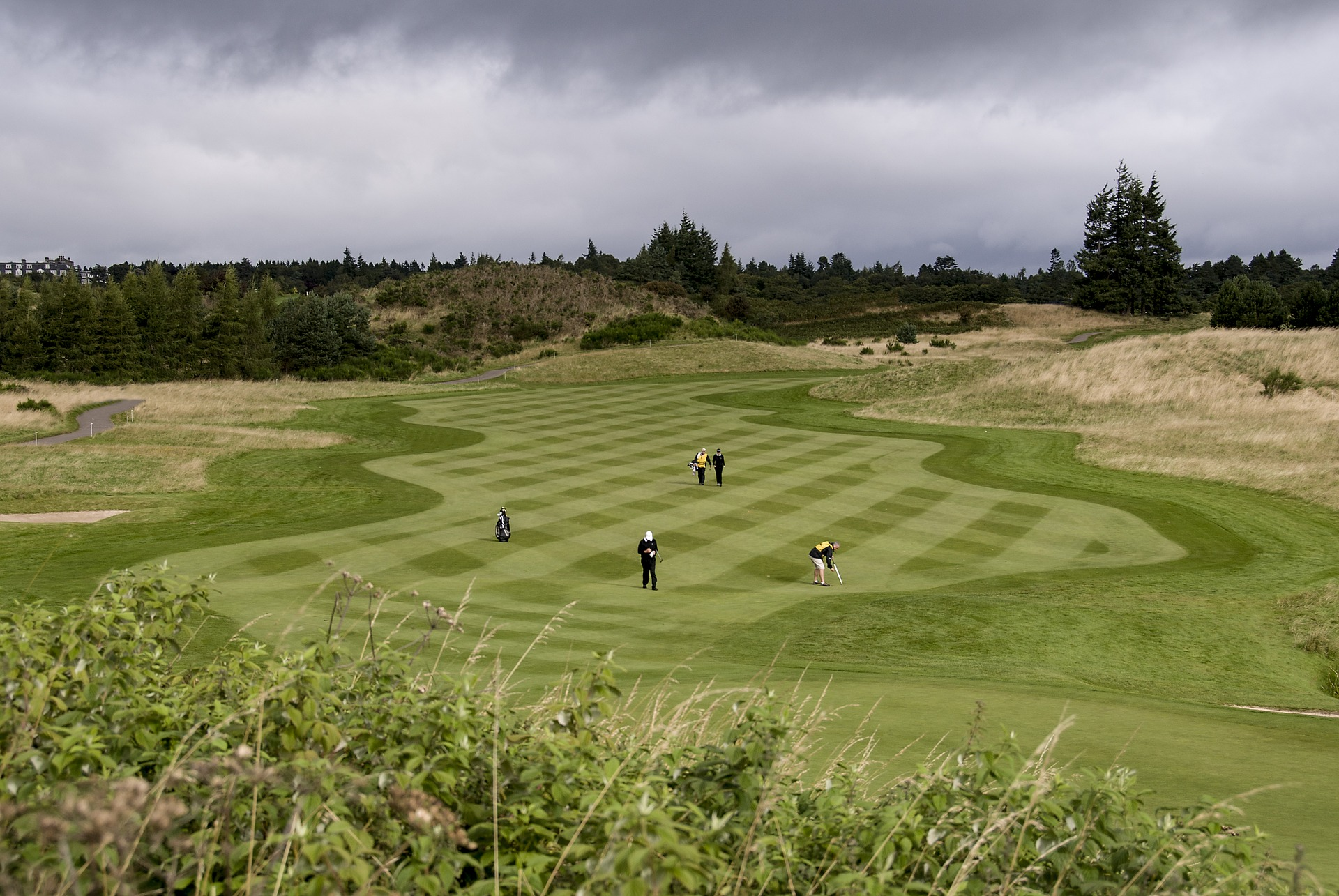 Six of the best UK golf courses you can reach by helicopter